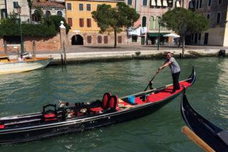 venice-gondola-rent
